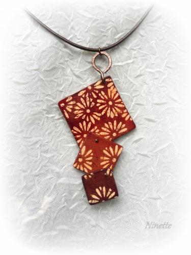 batik, rouille, pendentif, carrés