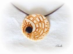 pendentif, ivoire, imitation, os, spirale